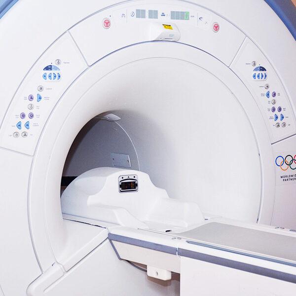 MRI OIC GE HDe 1.5T McAllen (600x900) -